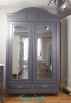 Brocant on Pinterest   Armoires, Vans and Grey Cabinets