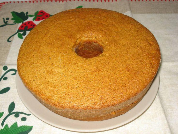 Bolo de Manteiga e Amêndoas - http://www.receitasparatodososgostos.net/2016/01/19/bolo-de-manteiga-e-amendoas/