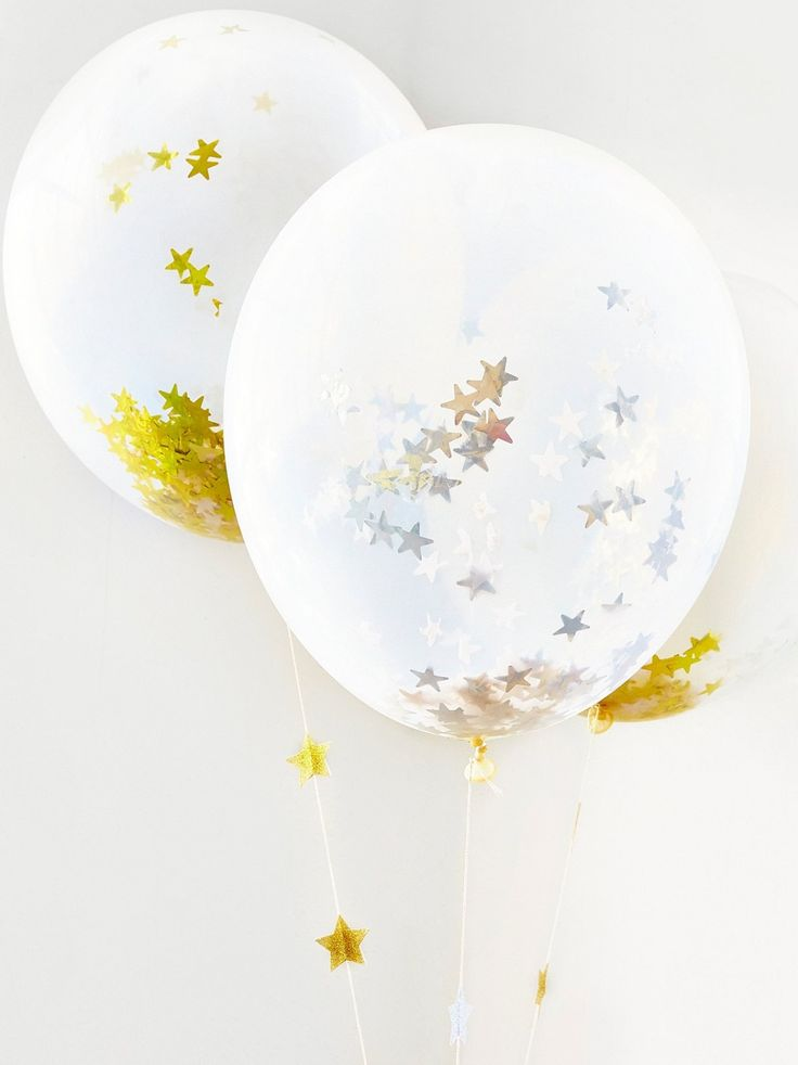 Confetti Star Jumbo Balloon | Have a shiny celebration with these stunning balloons filled with silver or gold star shaped confetti. Each kit comes with a fun sheet of gold or silver glitter star stickers.