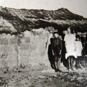 Bywoners: Na die AB oorlog was baie families in armoede gedompel en moes baie van hul as bywoners by familie of vriende gaan woon.
