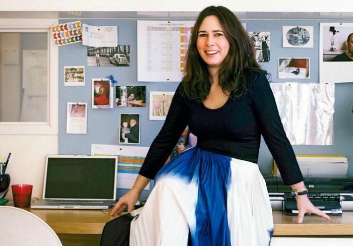 Η Alexandra Shulman κρεμα τις γοβες της και εγκαταλειπει τη βρετανικη Vogue