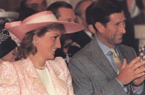 Princess Diana - The Freedom Of The City. à Northampton , le 08  juin 1989
