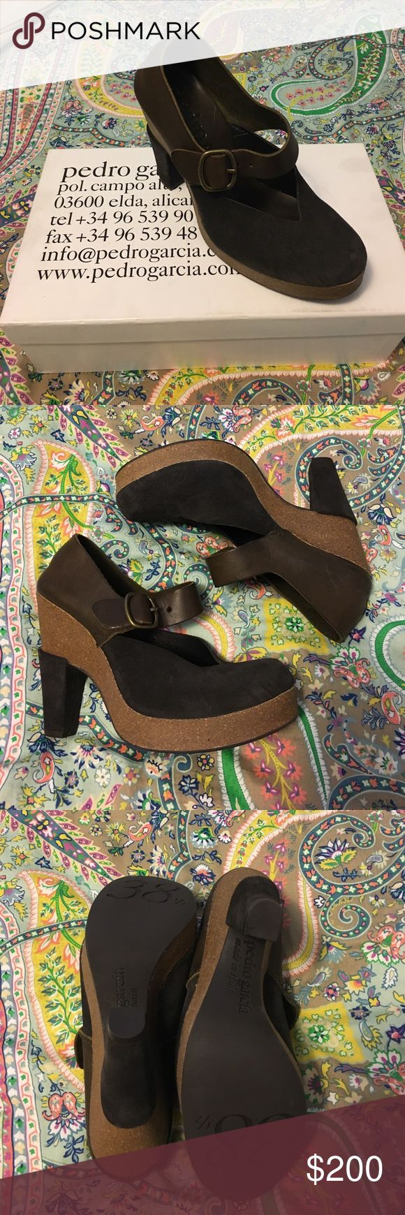 ✨ Brand New Pedro Garcia ✨ Cafe/Charcoal Mary Jane Pedro Garcia! Received as a gift, tried them on and they're a little short for me. 😞 My loss your gain!! Pedro Garcia Shoes Heels