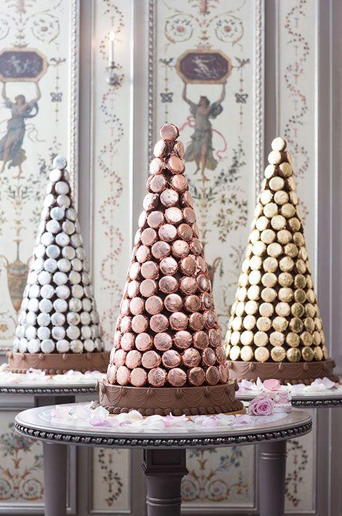 Macarons For Weddings, Ladurée, Tips For Serving Macarons || Colin Cowie Weddings