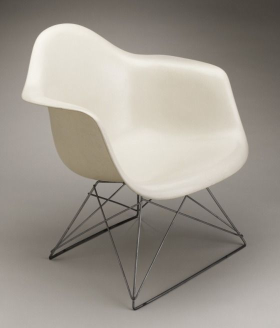 charles eames molded fiberglass chair | 1950 | #vintage #1950s #home