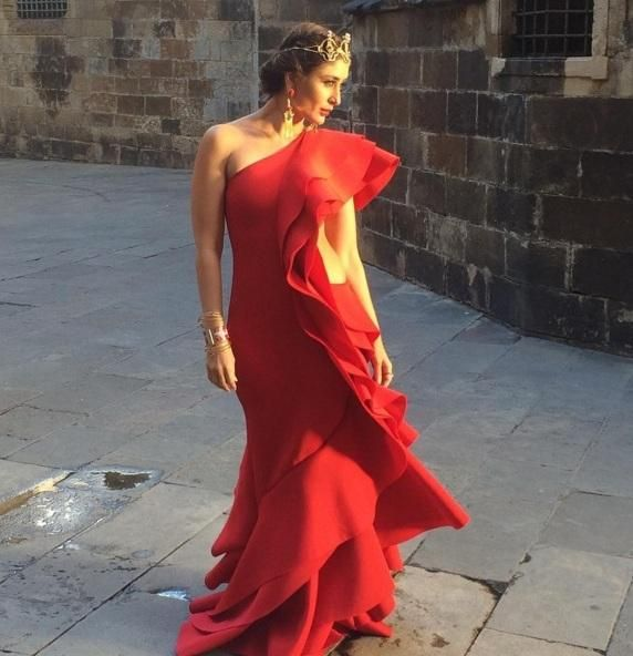 This Red HOT Picture of Kareena Kapoor will Make Your Day! | PINKVILLA