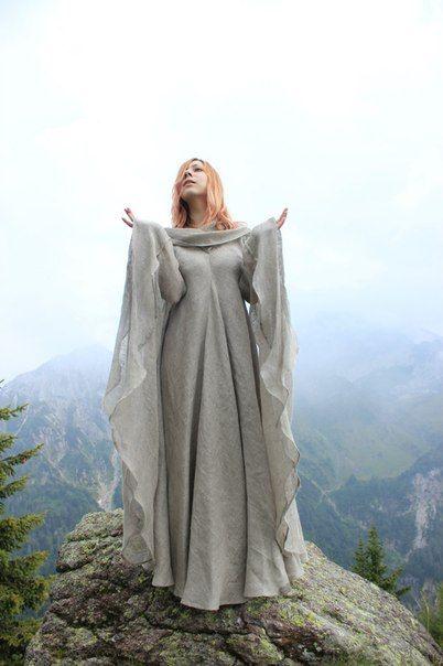 """Fantasie Kleid """"Die Pilgerin"""""""