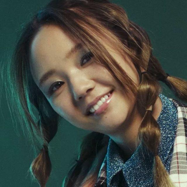 今月のtokyo it girl beautyは同性の心をキャッチするガールクラッシュな女性アーティストに急接近! vol.3は期待のシンガーソングライターBaby Kiyが登場 ホリデーシーズンにぴったりなグリーンをメインにしたキラキラメークにトライ!! 気になるHOW TOはコチラ http://ift.tt/2k3fXck @babykiy #TOKYOITGIRLBEAUTY #beauty #makeup #howto #nylonjapan #nylonjp #caelumjp #kiy via NYLON JAPAN MAGAZINE OFFICIAL INSTAGRAM - Celebrity  Fashion  Haute Couture  Advertising  Culture  Beauty  Editorial Photography  Magazine Covers  Supermodels  Runway Models