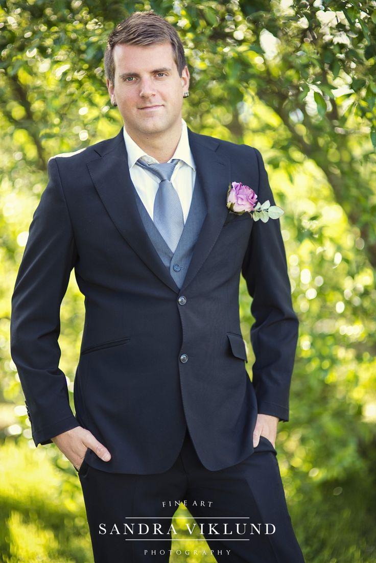 Bridegroom / groom / styled shoot