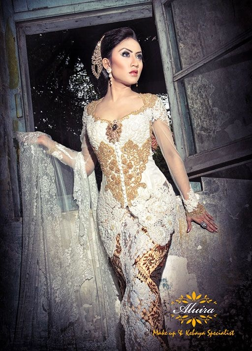 Aluira Make Up & Kebaya - Collection Gallery#BusanaTradisional#BusanaTradisional
