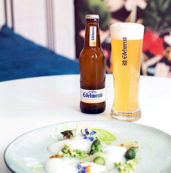 Asperges glacées à la fève de tonka passion et parmesan et bière Edelweiss #recette #gastronomie #biere