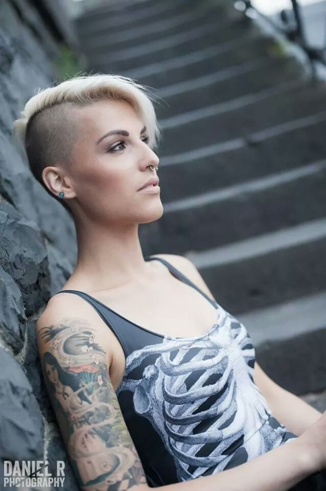 Nice ink and side cut combo!