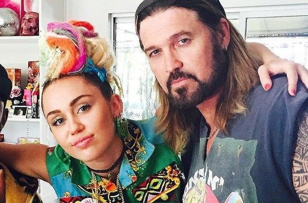 "Miley Cyrus Performs Touching ""How've Ya Been"" Duet With Dad Billy Ray Cyrus"