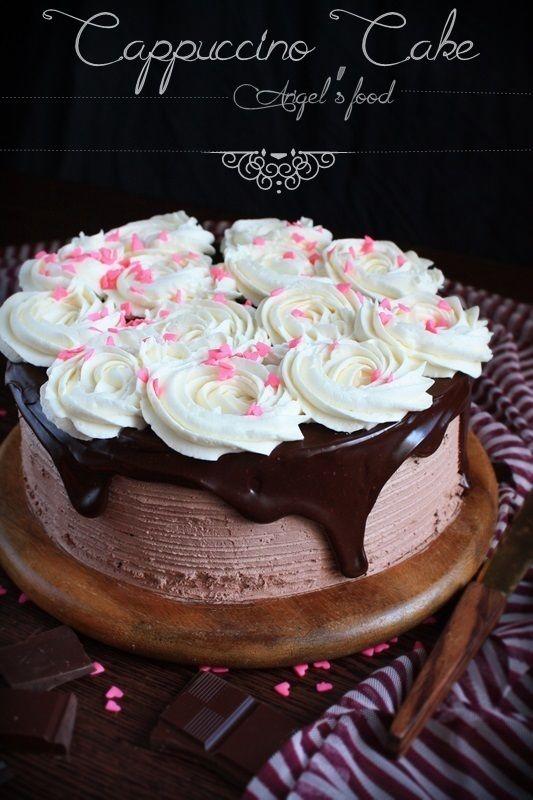 Tort de ciocolata cu crema de capucino si vanilie
