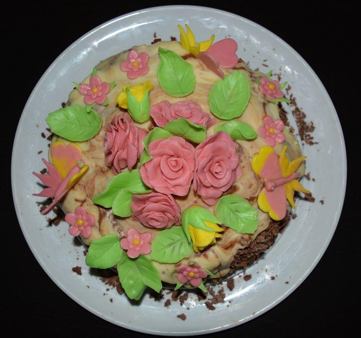 Cake with coconut cream