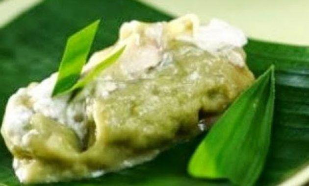 Anda juga bisa membaca resep terbaik pada artikel kami lainnya seperti Resep Oreo Milkshake Segar Untuk olahan yang menggunakan bahan biscuit oreo, bisa menggunakan produk terbaik bubuk oreo asli