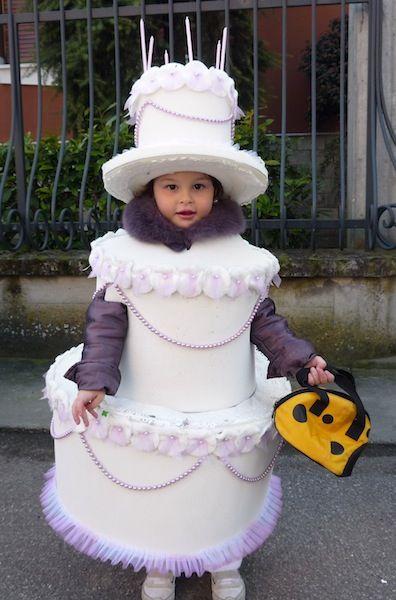 costume di carnevale da torta