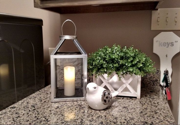 How to make a lantern out of Dollar Tree picture frames!
