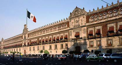El 5 de febrero- Constitution Day of Mexico – 5th February or 1st Monday of February
