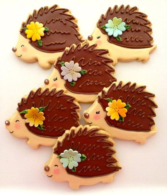 12 Vegan Hedgehog Sugar Cookies