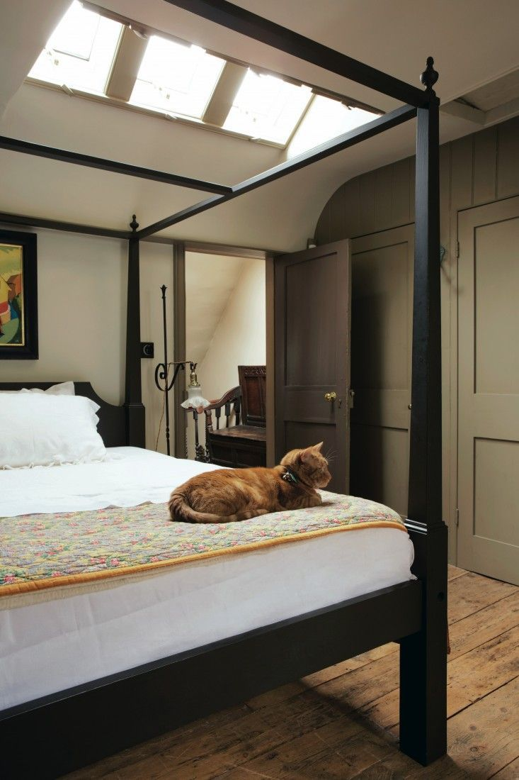 Modern country style farrow and ball pale powder colour case study - Farrow And Ball Decorating With Color Jon Nicolson Spitalfields Find This Pin And More On Bedroom By Alexiajmassey Modern Country Style Case Study