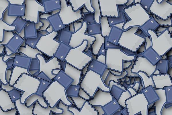 Mentális tisztítókúra: mobilböjt. 10 biztos jele annak, hogy Facebook függő vagy