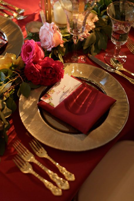 Weddings by StarDust | Beautiful Marsala wedding reception place settings. Floral accents instead of a traditional table runner! | Dallas Fort Worth, Texas Wedding Planners| 972-781-1619 #weddingsbystardust #weddingplanner #weddingplanning #weddings #weddinginspiration #weddinggoals #dreamwedding #marsala
