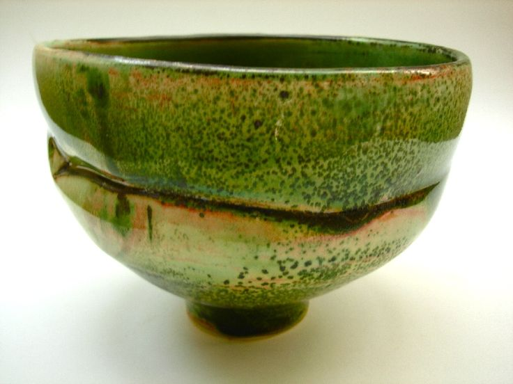 "Marie Woo | Chawan Bowl | Woo, a protege of noted American ceramist, Maja Grotell, has also studied with ""Japanese Living National Treasure"" Kaneshige Toyo."