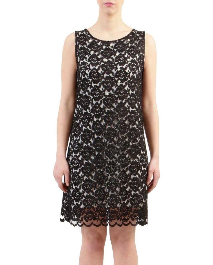 C'est CHIC! http://www.mireafashion.it/en/dresses/35072-abiti-donna-abito-in-pizzo-nero-su-base-bianca-2030006366.html …   #fashion #lace #MadeinItaly #mireafashion #dress #picoftheday #looksoperfect