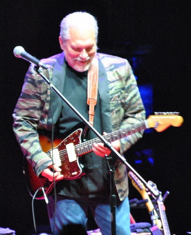 Hot 'Effing' Tuna Takes the Beacon Theater By Storm | Bill_Robinson