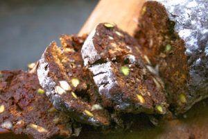 Σαλάμι σοκολάτας (με κουραμπιέ, μελομακάρονο και ό,τι έμεινε)-featured_image