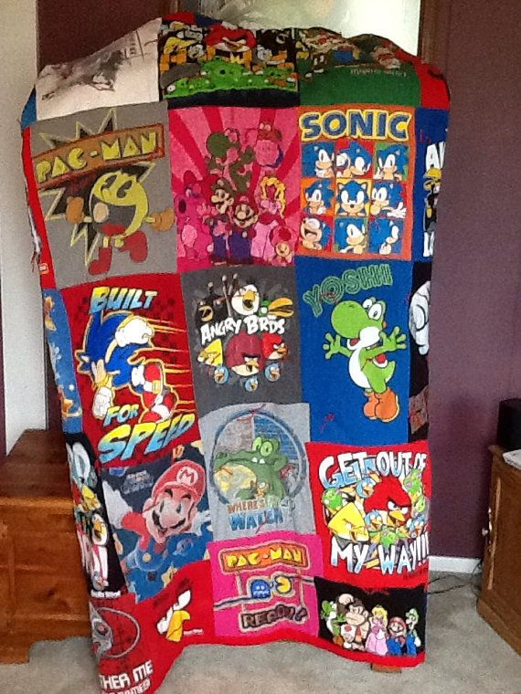 Video game quilt by LostTreasureQuilts on Etsy