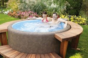 jacuzzi spa gonflable id es d co pinterest jacuzzi et spas. Black Bedroom Furniture Sets. Home Design Ideas