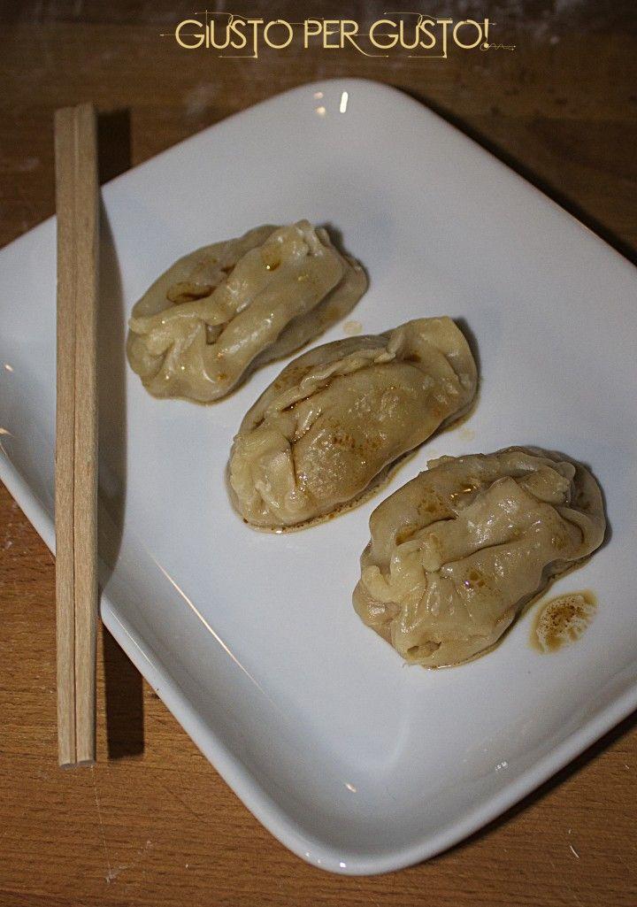 Ravioli cinesi fatti in casa