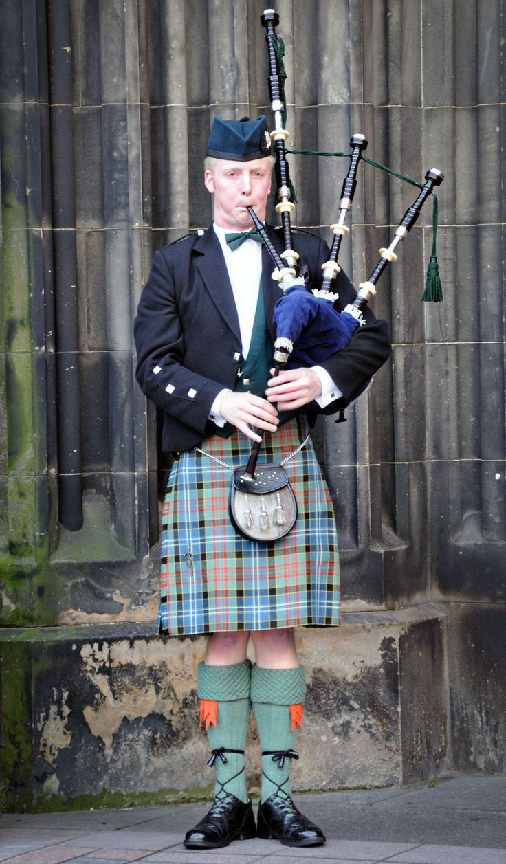 Image result for photo of kilt and bagpipes