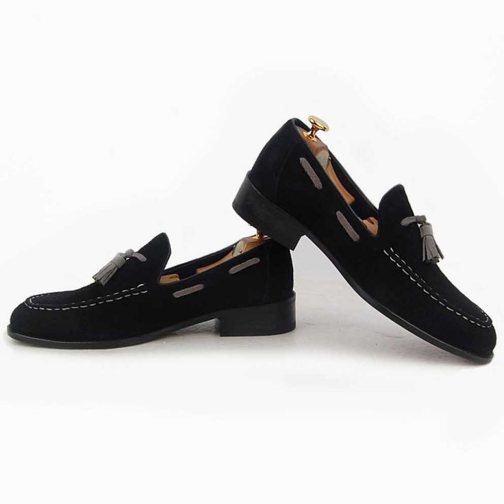 H3THECLASSIC loafer shoes man fashion #h3theclassicl#handmadeshoes#shoes#madeinkorea#instashoes#classic#menshoes#oxford#h3theclassic#fashion#custom#handmade#mensshoes#instashoe#손신발#에이치쓰리더클래식#수제화#남성수제화#남자수제화#커스텀#남자구두#핸드메이드#신스타그램#맞춤#클리퍼#남성클리퍼#남자로퍼#맞춤클리퍼#fashionaddict#dailystyle#instafashion#ootd#ootdmagazine#lookbook#streetchic#데일리룩#LO-3056-3KG