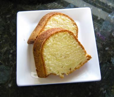 Cream Cheese Vanilla Pound Cake: Cream Cheese Pound Cake