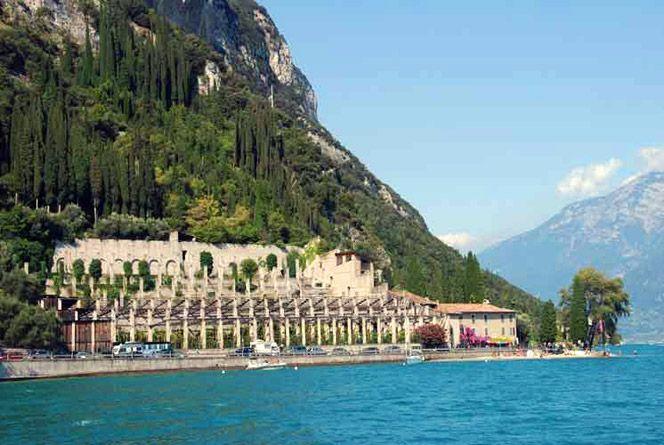 Limonaia (lemon grove) Pra' de la Fam, Lake Garda. www.italianways.com/limonaia-pra-de-la-fam-italys-golden-charm/