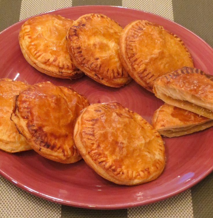 Easy Rubarb and mango pies #sweets