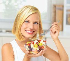 Diese gesunden, entwässernden Lebensmittel helfen gegen Wassereinlagerungen. www.ihr-wellness-magazin.de