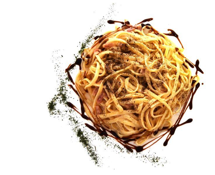 Tallarines Carbonara con Vineterra. Platos de pasta enriquecidos  con Vinesenti. www.restauranteespadana.es