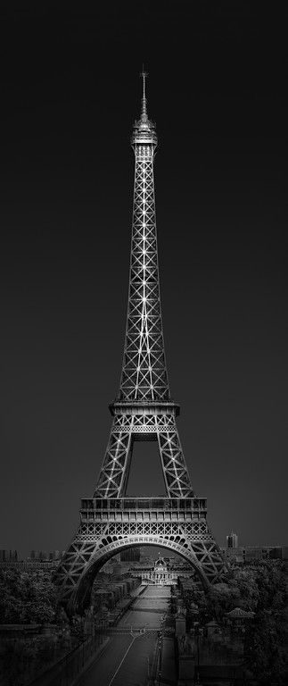 Urban Saga IV - From Paris with Love by Julia Anna Gospodarou - Paris - Eiffel Tower