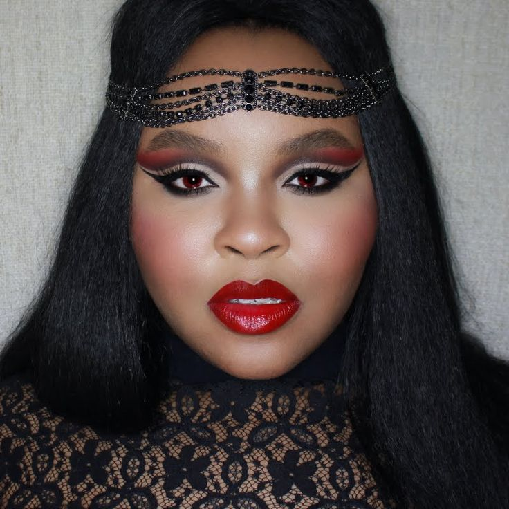 Preen.Me VIP Bria is mystifyingly beautiful in this glam vampire-inspired Halloween look, she plans to thoroughly remove her makeup without disturbing her skin's natural moisture balance using her gifted #Dermalogica Special Cleansing Gel. Learn more about this product by clicking through.