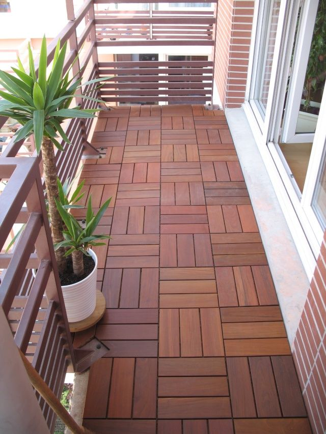 Best 25 balcony flooring ideas on pinterest balcony for Tiny balcony ideas