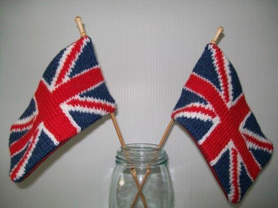 Crochet Pattern Union Jack : 17 Best images about Union Jack Items on Pinterest Red ...