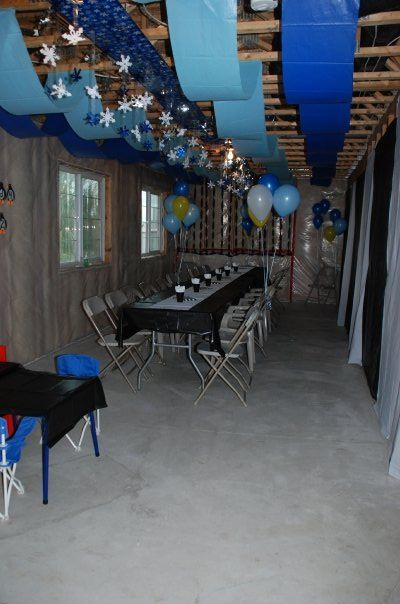Decorations Strips Of Blue Plastic Table Cloth With