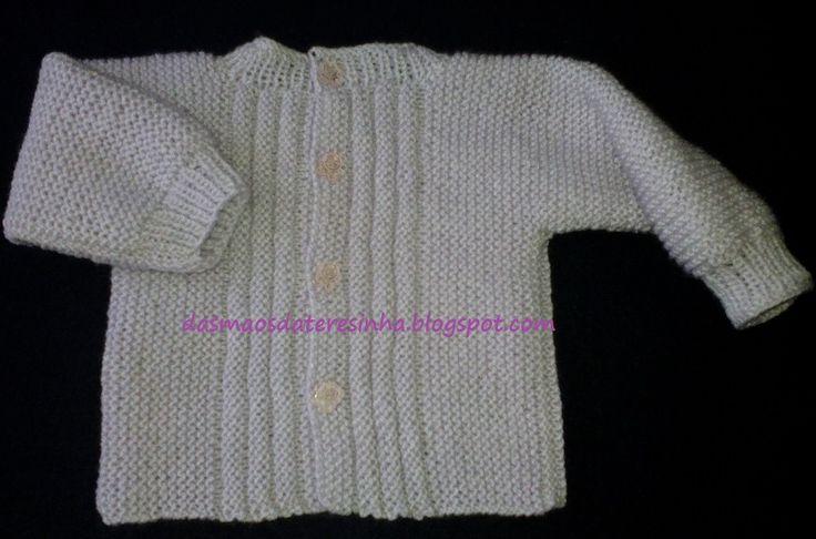 Este foi o casaco que eu agora tricotei.   É parecido com o que costumo fazer   para recém-nascido, mas em versão facilitada!   Ficou mu...