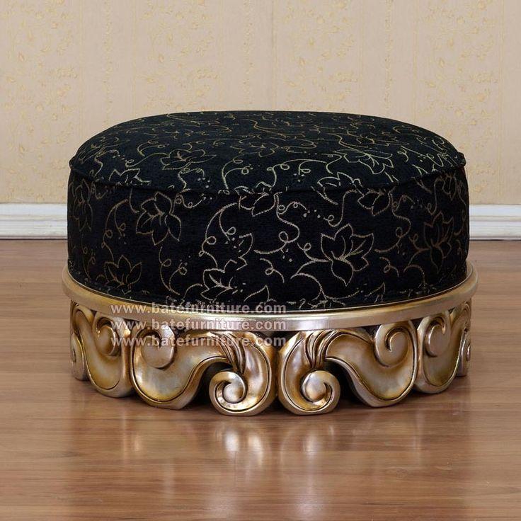 Baroque round stool