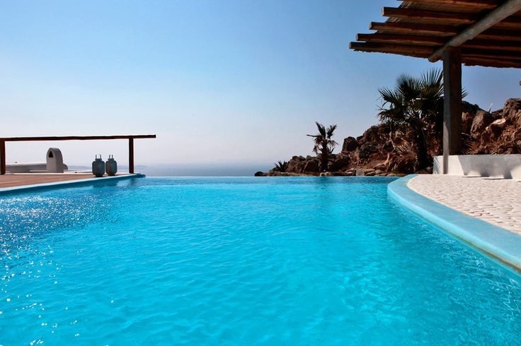 The pool - Castor Villa in Mykonos