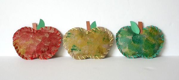 Stuffed Paper Apples from Buddy and Buggy